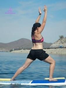 Yoga:Sup - Kristin in Warrior 1